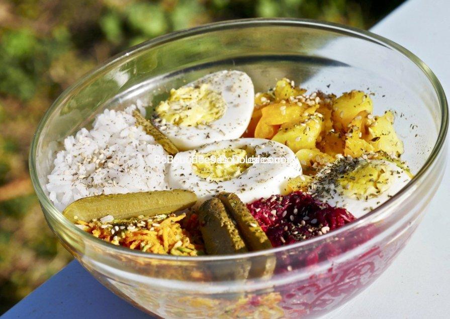 Cliquez ici et découvrez mes 4 recettes alcalines pour un Buddha bowl qui participe à notre bon équilibre acido-basique.