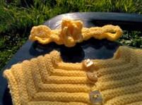 Bandeau pour bébé au crochet et sa fleur