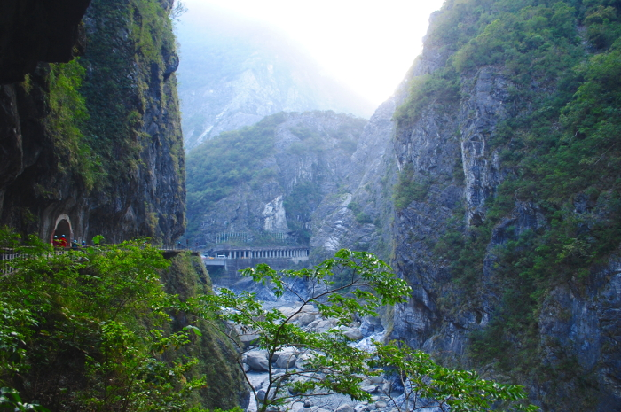 taroko-Gorge-Landscape-View-with-Bridge