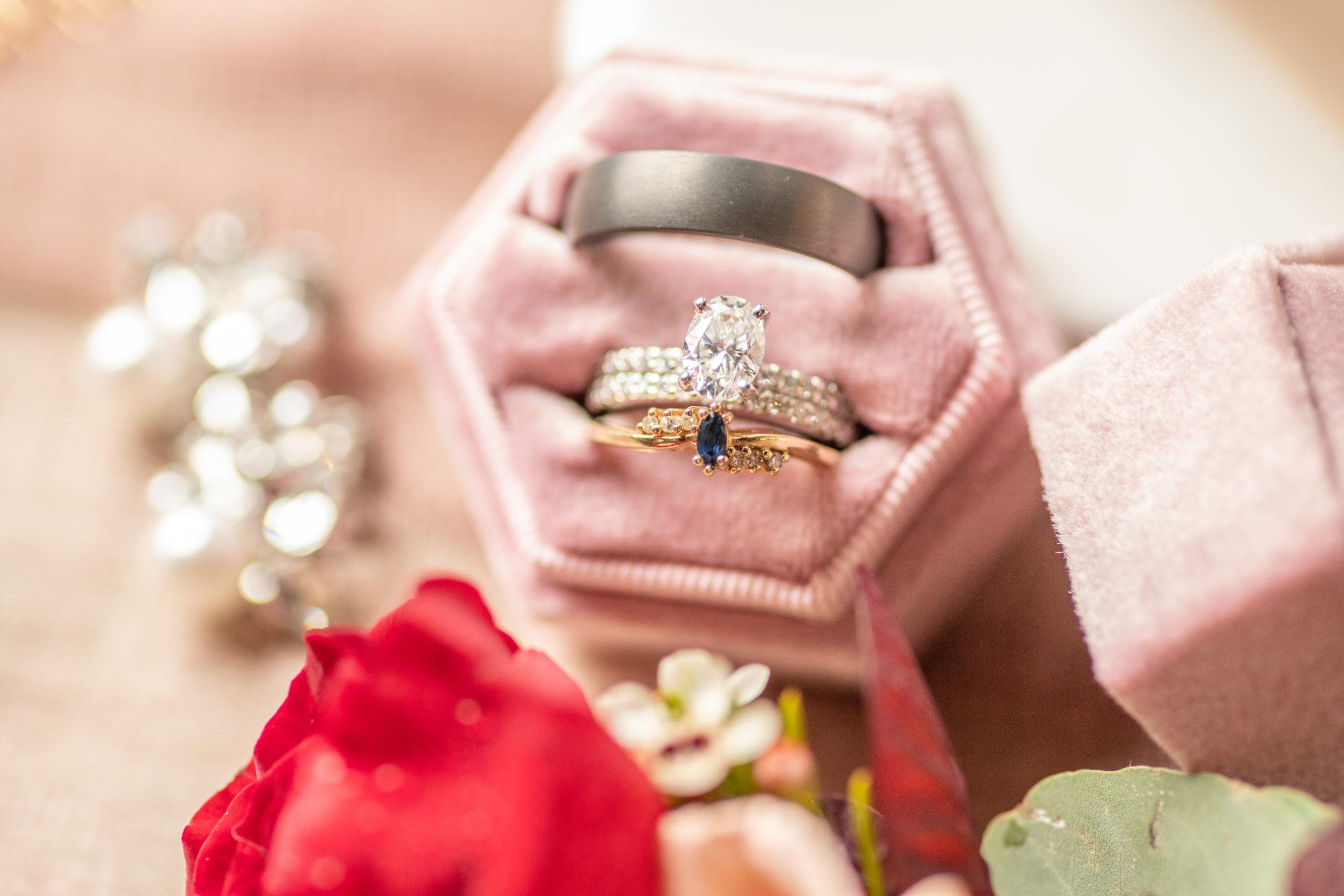 Wedding rings, wedding bands, southern illinois photography