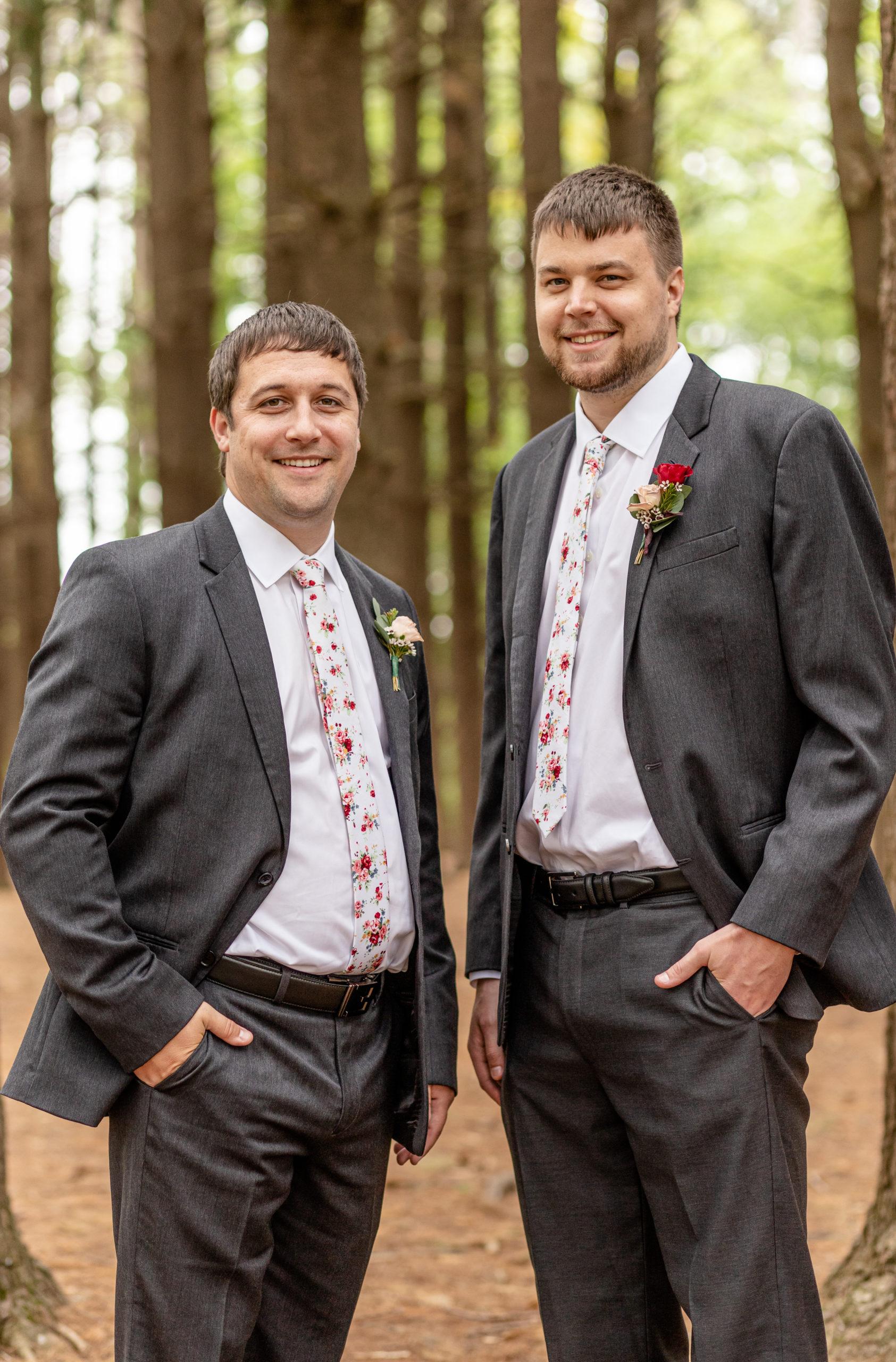 groom, grey suit, pink floral tie,
