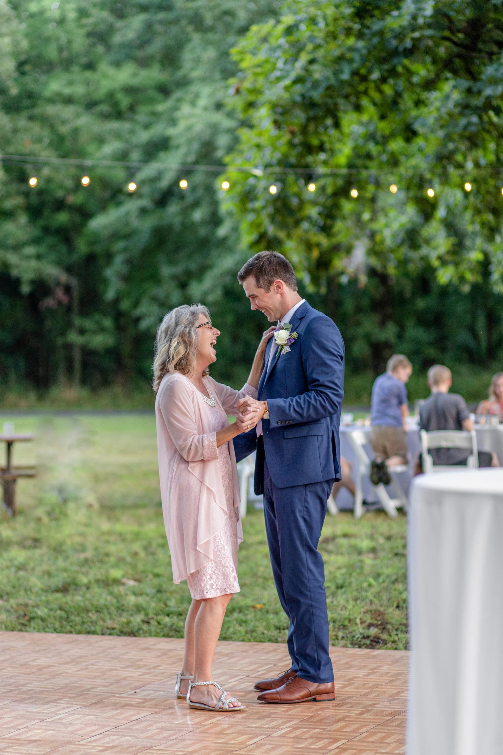 mother and groom dance, summer wedding, woodland wedding, summer wedding