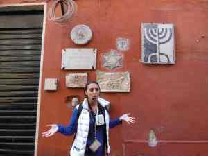 Micaela Pavoncello leading walking tour