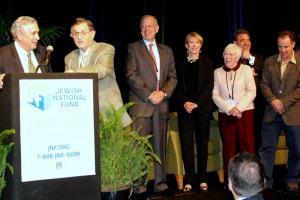 Kay and Kamlet are joined on stage by Jeffrey Levine, JNF President, Lee Kay and Louann Kamlet, Russell Robinson, JNF CEO, and Ron Werner, incoming Mountain States Board Chair.