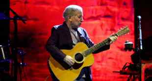 Paul Simon Comes to Fiddler's Green – and the Boulder JCC