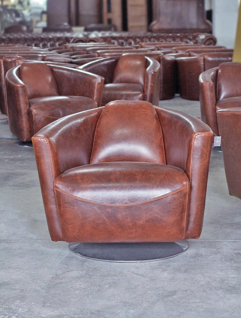 swivel club chair shower chairs walmart lannister leather boulevard urban living 553 var scene 1 full