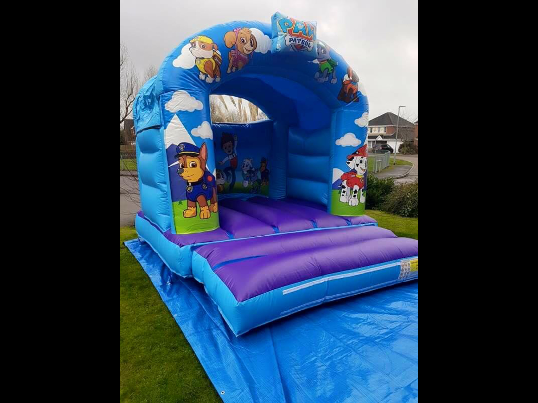 chair cover hire leicestershire swing cane bouncy castles wedding events and party in