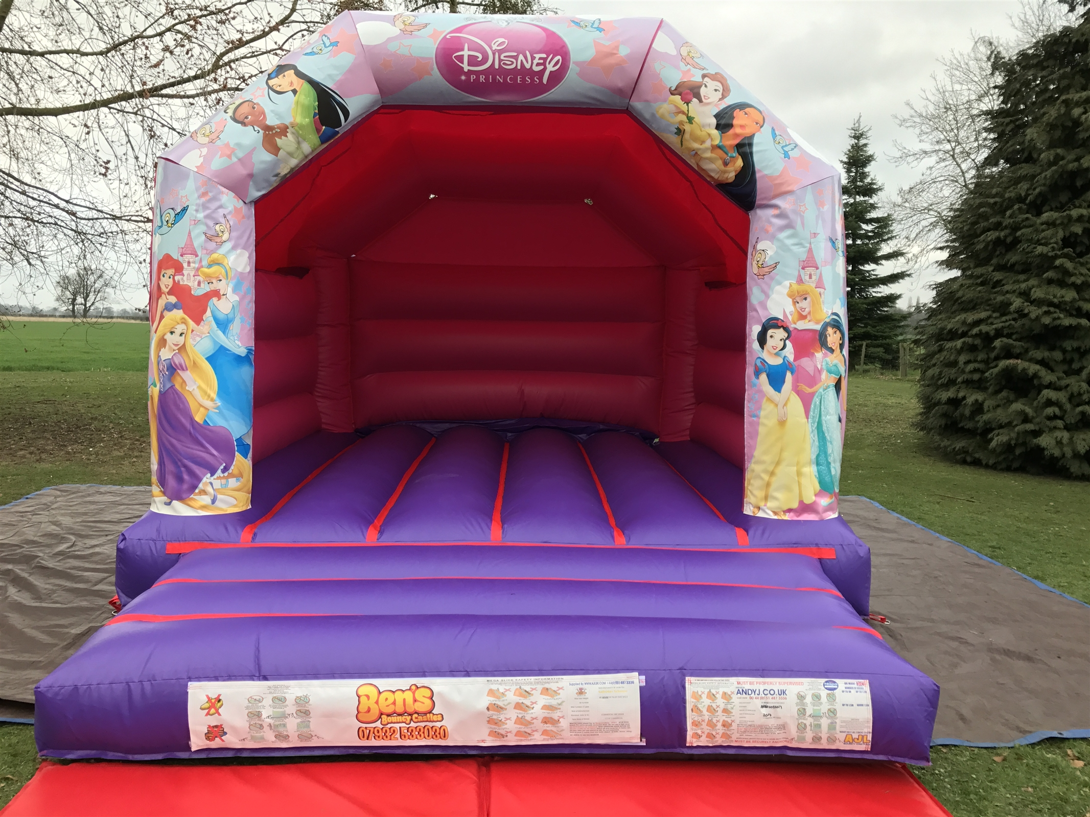 chair cover hire hemel hempstead rv furniture dining chairs bouncy castle castles