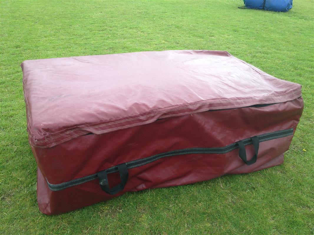 chair cover hire hemel hempstead bambino baby large soft play set 2 bouncy castle castles