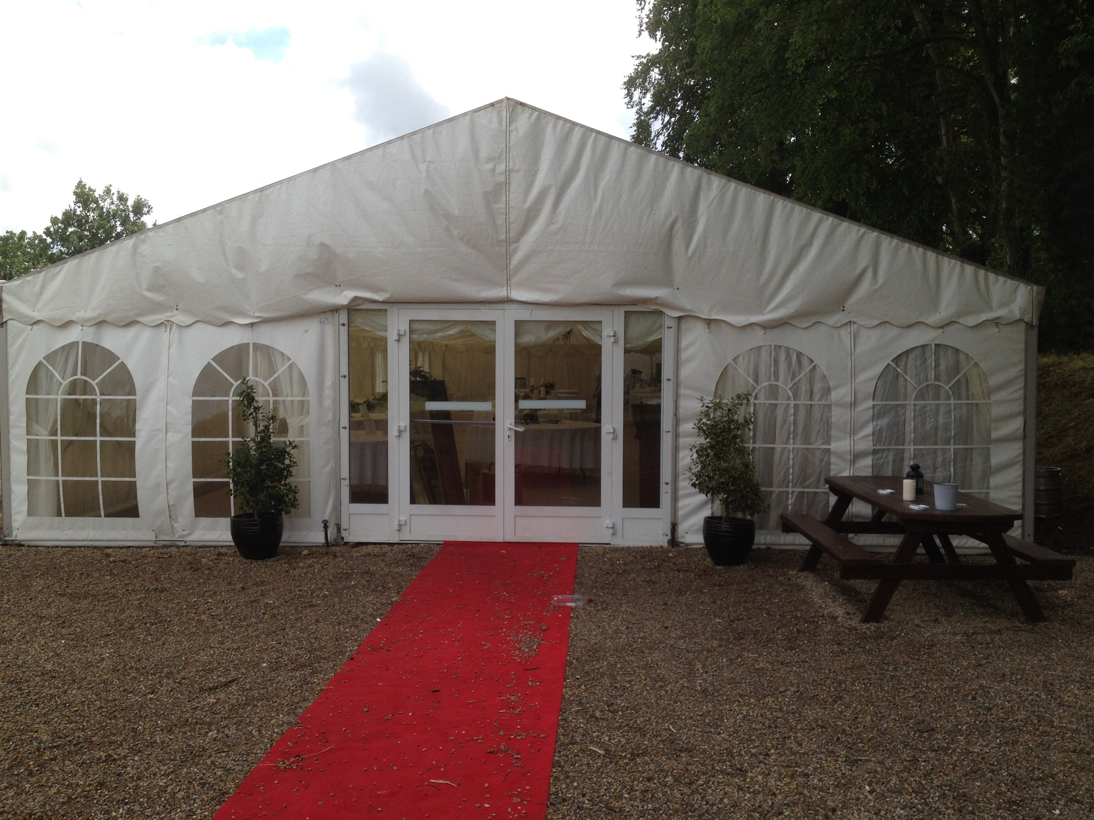 wedding chair covers hire northern ireland rent throne chairs marquee bouncy castle in
