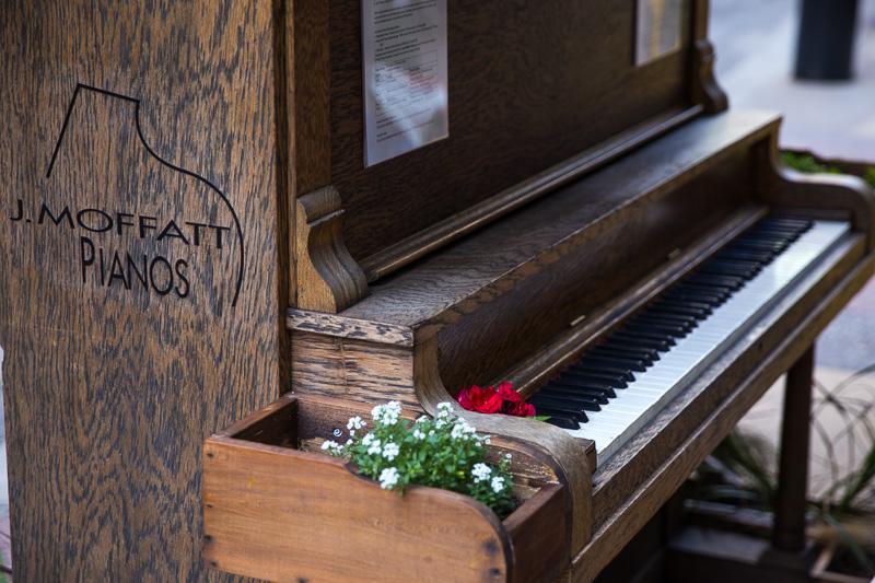 downtown-calgary-piano-keys