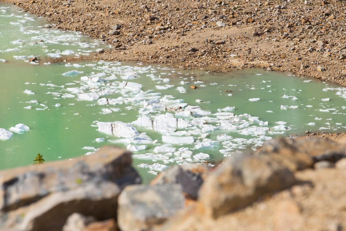 angel-glacier-lake-3