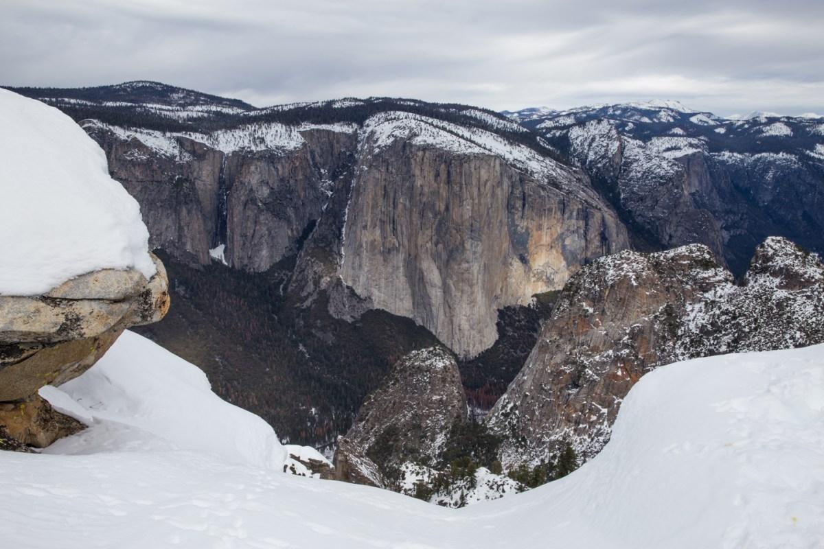 yosemite-national-park-winter-dewey-point.jpg