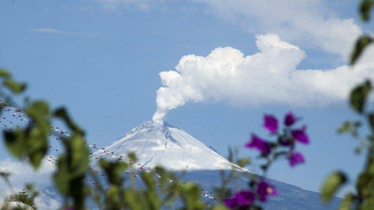 メキシコ富士・ポポカテペトル山が大爆発!噴火の瞬間の映像も