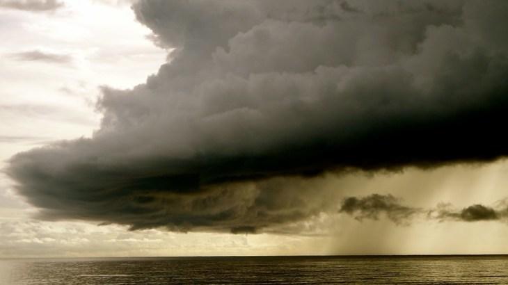 ヨーロッパで暴風雨「キアラ」が猛威!なぜこの名前?イギリスのストーム名前一覧