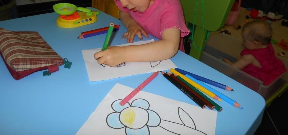 Activite Pedagogique Premier Coloriage Bout De Chou En Eveil