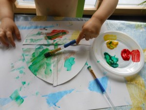 Activité peinture : bout de chou 28 mois