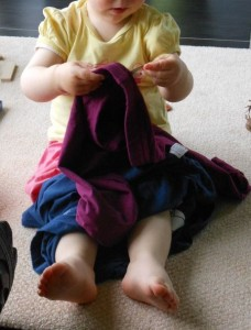 Pédagogie Montessori vie pratique 16 mois