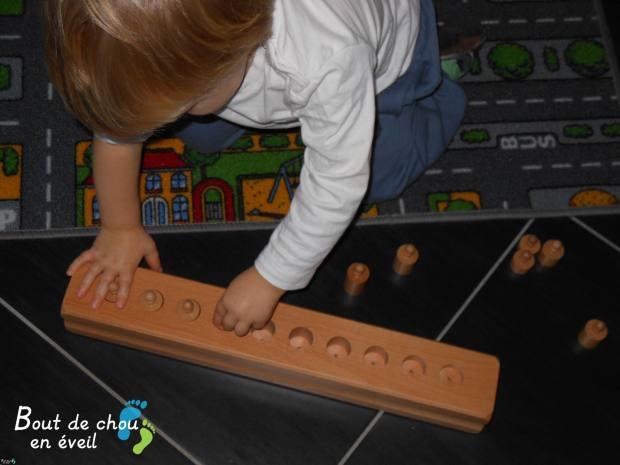 Activité Montessori bébé 2ans