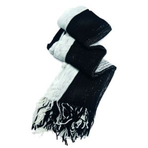 Echarpe tricotée noir et blanc