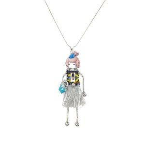 sautoir poupée jupe grise