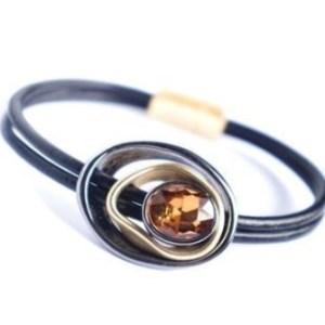 Bracelet noir pierre ambre