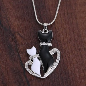 Collier duo de chats