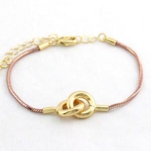 Bracelet chaine serpent rose