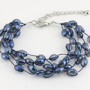 Bracelet multirangs cristal bleu