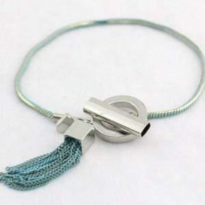 Bracelet pompon chaine bleu