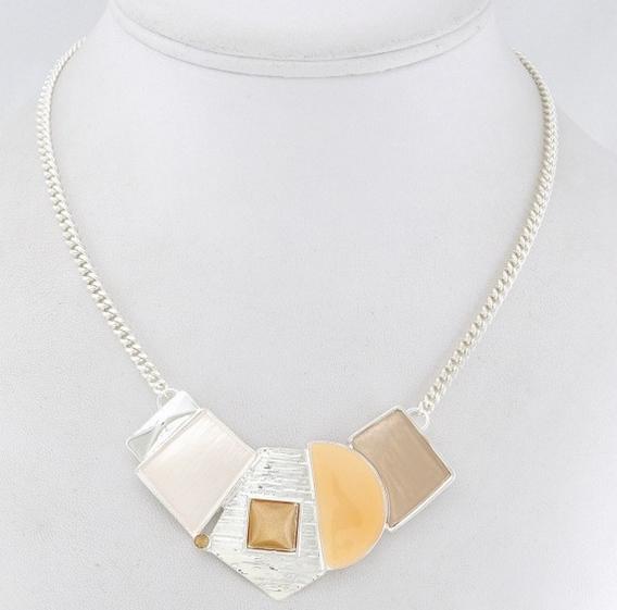 Collier plastron formes géométriques marron