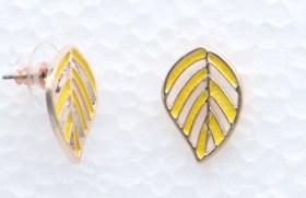 Boucles d'oreilles feuille fougère jaune
