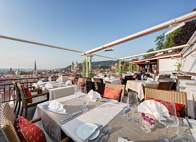 Restaurant_terrace1