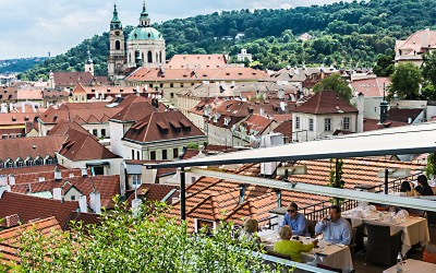 Romance and luxury in the rose gardens of Prague Castle