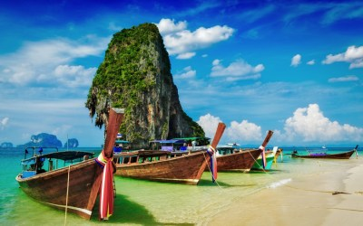 Top 5 reasons why you should visit Thailand