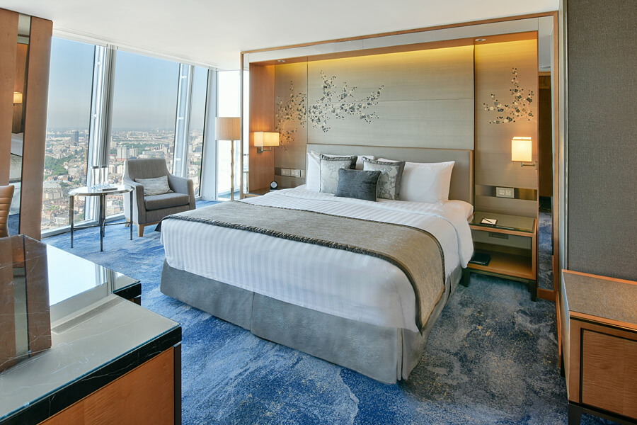Shangri-La Hotel, At The Shard, London, Superior Room