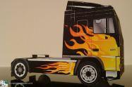 bouwplaat-papercraft-daf-xf-flames_02
