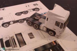 bouwplaat-papercraft-daf-xf-105_6x2
