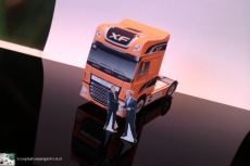 bouwplaat-papercraft-daf-new-xf-willem alexander