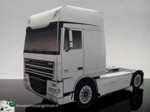 bouwplaat-paper model-daf-xf 105-super space cab