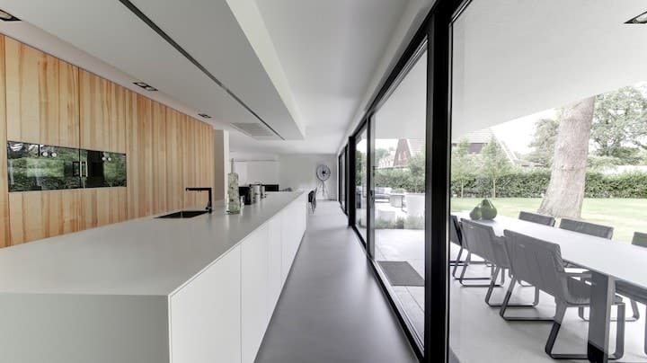 Gevlinderde betonvloer keuken design betonvloer design beton