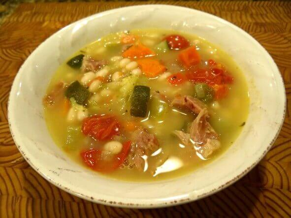 Navy Bean and Vegetable Soup