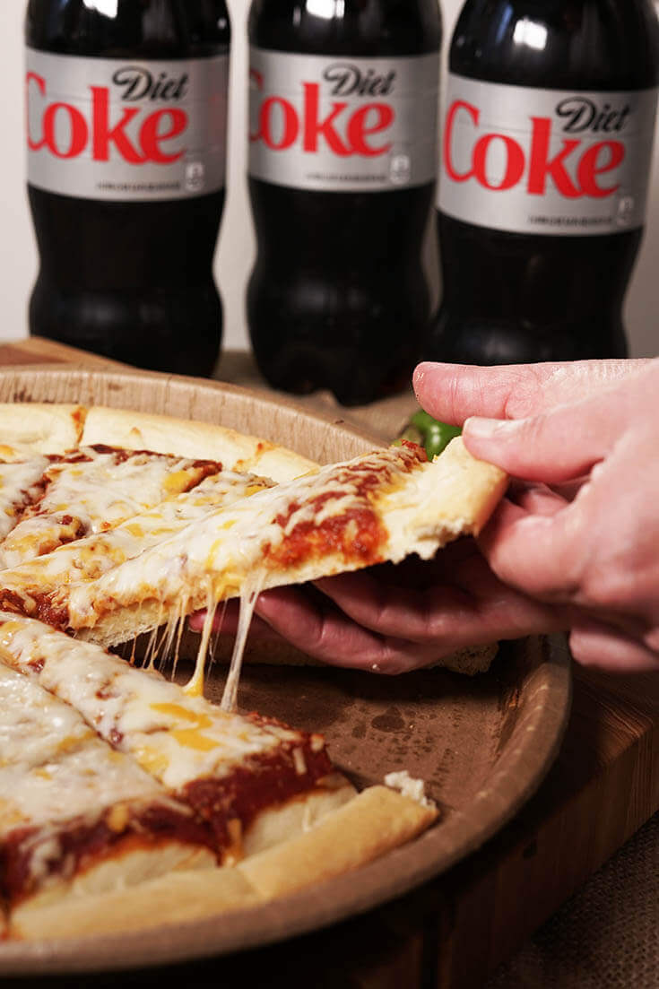 Coke Pizza Night - #VegetarianPizza #BowlMeOver #WinCoPizzaNight