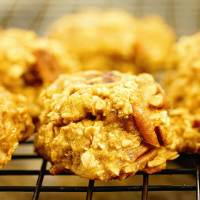 3 Ingredient Oatmeal Cookies
