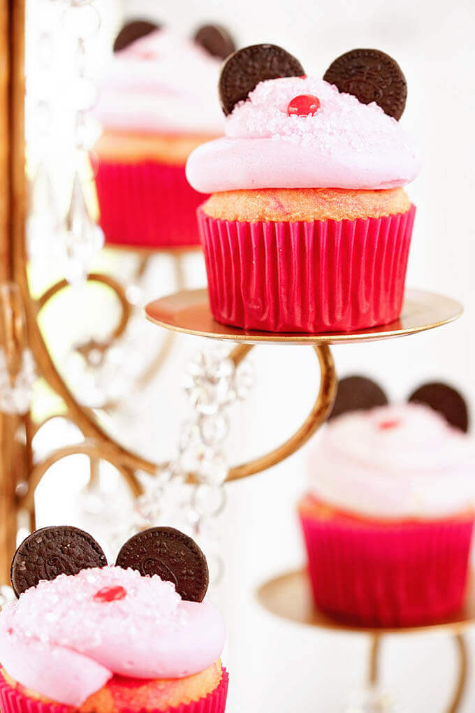 Minnie Mouse Cupcakes on a gold stand