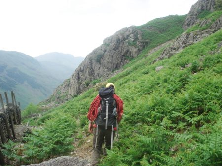 Approaching the lowest White Crag.