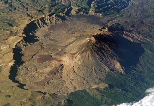 Teide Volcano and Cañadas caldera. Image courtesy NASA