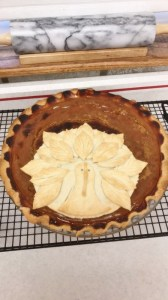 Montana Bowl of Cherries-Pumpkin Pie with crust turkey