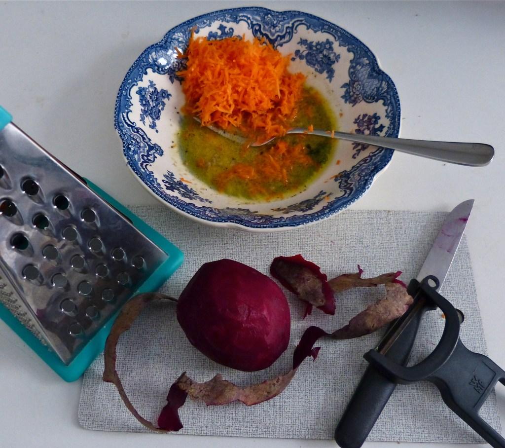 L1050575 Kopie 1024x908 - Rote Bete - Avocado - Salat: Energie aus der Powerknolle