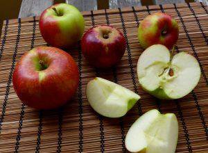 L1050625 300x220 - Äpfel